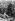 Anschluss. Entrée de la Wehrmacht en Autriche. Soldats allemands s'entretenant avec des civils autrichiens, 12 mars 1938. © Ullstein Bild / Roger-Viollet
