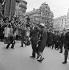 John Fitzgerald Kennedy (1917-1963), homme d'Etat américain et son épouse Jackie Kennedy (1929-1994), devant la cathédrale Saint-Étienne de Vienne (Autriche), 1961. © Imagno / Roger-Viollet