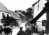 """L'Anschluss. Arrivée des Allemands en Autriche. Sur la banderole : """"Nous remercions notre Führer"""". Mars 1938. © Roger-Viollet"""