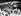 Cassius Clay (futur Mohamed Ali, 1942-2016), boxeur américain, accueilli par la foule après son titre de Champion du monde poids lourds. Le Caire (Egypte), 4 juin 1964. © TopFoto / Roger-Viollet
