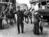 Agent de police. Paris, Place de l'Opéra, vers 1910. © Neurdein / Roger-Viollet