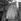 """Fête foraine. """"La plus grosse femme du monde"""". © Gaston Paris / Roger-Viollet"""