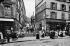 La rue du Chevalier-de-La Barre, dans le vieux Montmartre. Paris (XVIIIème arr.), vers 1900. © Neurdein/Roger-Viollet