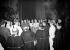 Le cardinal Maurice Feltin, archevêque de Paris, faisant son entrée solennelle à la cathédrale Notre-Dame, le 25 janvier 1953. © Roger-Viollet