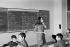 Collège (CES). Cours de français. Bobigny (Seine-Saint-Denis), octobre 1970. Photographie de Léon Claude Vénézia (1941-2013). © Léon Claude Vénézia/Roger-Viollet