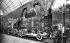 Salon de l'automobile 1908. Stand Renault. Paris, Grand Palais. © Léon et Lévy/Roger-Viollet