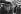 Le cirque des clochards. Equilibriste. Paris, 1977. Photographie de Léon Claude Vénézia (1941-2013). © Léon Claude Vénézia/Roger-Viollet