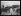 """Guerre 1914-1918. """"De Mayence à Coblence par le Rhin : le 13ème zouaves et son colonel ont remonté le fleuve pour entrer à Coblence"""", le 20 décembre 1918. Le débarquement des troupes. © Excelsior – L'Equipe/Roger-Viollet"""