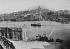 Le Vieux Port et Notre-Dame de la Garde. Marseille (Bouches-du-Rhône), vers 1900. © Neurdein/Roger-Viollet