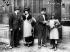 """""""48, Avenue de l'Opéra"""". Film muet de Dominique Bernard-Deschamps, d'après Pierre Decourcelle. 1917. © Neurdein/Roger-Viollet"""
