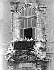 Le roi Victor-Emmanuel III d'Italie (1869-1947) et son fils le prince Humbert de Savoie (futur roi Humbert II d'Italie, 1904-1983). © Armando Bruni / Bruni / Alinari / Roger-Viollet