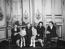Vincent Auriol (1884-1966), President of the French Republic, with his family at the Elysee Palace shortly after his election. From left to right : Jacqueline Auriol, Vincent Auriol and his two grandsons, Mrs Michelle Auriol and Paul Auriol. Paris, January 1947. © Roger-Viollet