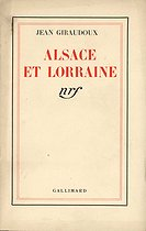 """""""Alsace et Lorraine"""" of Jean Giraudoux, French writer, general commissioner at the Information, from his broadcast speech of November 10, 1939. © Roger-Viollet"""