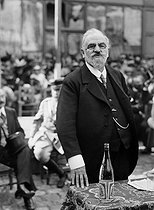 World War I. Léon Bourgeois (1851-1925), French politician, attending the anniverary of the First Battle of the Marne (September 2nd, 1914). Senlis (France), on September 2nd, 1917. © Maurice-Louis Branger/Roger-Viollet