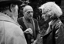 "Shooting of ""The Milky Way"", film by Luis Buñuel. Luis Buñuel, Delphine Seyrig and Paul Frankeur, 1968. Photograph by Georges Kelaïditès (1932-2015). © Georges Kelaïditès / Roger-Viollet"