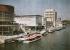 Pavillons de l'Italie et de la Suisse en bord de Seine à l'Exposition Universelle de Paris en 1937. © Collection Roger-Viollet/Roger-Viollet