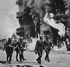 Guerre 1939-1945. Insurrection du ghetto de Varsovie. Avril-mai 1943.  © Roger-Viollet