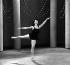Rosella Hightower (1920-2008), danseuse étoile française d'origine américaine, lors d'une répétition des ballets Cuevas pour la BBC, vers 1948. © TopFoto / Roger-Viollet