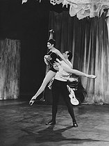 "Zizi Jeanmaire (1924-2020), and her husband, Roland Petit (1924-2011), French dancer, during a performance of the ballet ""Carmen"", by Georges Bizet. France, 1962. © Ullstein Bild / Roger-Viollet"