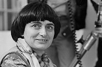 "Agnès Varda (1928-2019), French director, during the filming of ""L'Une chante, l'autre pas"". France, 1976. © Roger-Viollet"