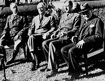 From left to right: French General Henri Giraud (1879-1949), president of the United States Franklin Delano Roosevelt (1882-1945), General De Gaulle and Winston Churchill (1874-1965), during the Casablanca Conference (Morocco), January 1943. © Roger-Viollet