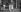 Service de nettoyage des rues après la crue de la Seine. Paris, janvier 1910. © Neurdein/Roger-Viollet