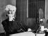 Bertrand Russell (1872-1970), mathématicien et philosophe britannique, dans les studios de la BBC. 1953. © Ullstein Bild / Roger-Viollet