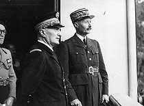 World War II. Admiral Darlan (1881-1942) and General Giraud (1879-1949) in North Africa.  © Roger-Viollet