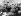 Charles de Gaulle (1890-1970), homme d'Etat français, saluant la foule à son arrivée à Athènes (Grèce), 20 mai 1963. © TopFoto/Roger-Viollet