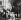 Sigmund Freud à son bureau. Gravure par Max Pollak. © Imagno / Roger-Viollet