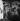 Retour des chefs-d'oeuvre au musée du Louvre après la guerre. Transport d'un Rubens. Paris, 1945.     © Pierre Jahan/Roger-Viollet