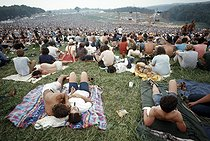 Participants au festival de Woodstock (New York), 1969.  © Michael Fredericks / The Image Works / Roger-Viollet