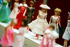 Vente aux enchères de poupées Barbie chez Christie's. Londres (Angleterre), 26 septembre 2006.  © Gretel Ensignia / TopFoto / Roger-Viollet