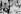 Gamal Abdel Nasser (1918-1970), homme d'Etat égyptien et Jawâharlâl Nehru (1889-1964), homme d'Etat indien, à l'aéroport de Jakarta, pour la conférence de Bandung, en avril 1955. © Collection Roger-Viollet / Roger-Viollet