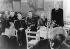 Conférence de Munich. Allocution de Louise Schroeder (1887-1957), femme politique allemande, devant le premier ministre des 4 zones. A gauche : le représentant des forces d'occupation. Allemagne, 6 juin 1947. © Ullstein Bild/Roger-Viollet