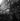 Guerre 1939-1945. Libération de Paris. Barricades barrant la rue de Richelieu devant le boulevard des Italiens près de la Kommandantur place de l'Opéra. Paris (IXème arr.), 19-24 août 1944. Photographie de Jean Roubier (1896-1981). © Fonds Jean Roubier/Roger-Vio