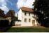 Maison natale et l'église de baptême du philosophe allemand Friedrich Nietzsche à Lützen. 2000. © Ullstein Bild / Roger-Viollet