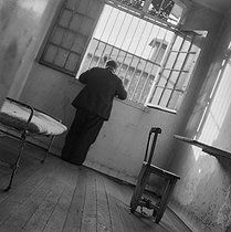 Interior of a cell of the Fresnes Prison (France), 1947. © Gaston Paris / Roger-Viollet