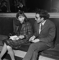 Anna Karina (1940-2019), Danish-born French actress, and Jean-Luc Godard (born in 1930), French director. Paris, théâtre Daunou, February 1964. © Studio Lipnitzki / Roger-Viollet