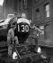 """Célébration des 50 ans de la célèbre locomotive """"Cornish Riviera Express"""". Londres (Angleterre), 1er juillet 1954. © PA Archive/Roger-Viollet"""