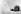 Ouvriers dégageant un bus d'une congère de 3 mètres, suite à de fortes tempêtes de neige touchant tout le pays. Peebles (Ecosse), 18 novembre 1962. © TopFoto/Roger-Viollet