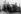 Guerre 1914-1918. Démantèlement d'un char britannique après la bataille de Cambrai. Environs de Fontaine-Notre-Dame (Nord), décembre 1917. © Ullstein Bild/Roger-Viollet