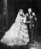 Mariage de la princesse Alexandra de Danemark (1844-1925) et du prince Edouard de Galles, futur Edouard VII (1841-1910). Château de Windsor (Angleterre), chapelle St George, 10 mars 1863. © PA Archive / Roger-Viollet