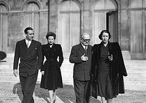 Vincent Auriol (1884-1966), President of the French Republic, with his family at the Elysee Palace shortly after his election. From left to right : Paul and Jacqueline Auriol, Vincent Auriol and his wife Michelle. Paris, January 1947. © Roger-Viollet