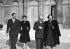 Le président Vincent Auriol en famille à l'Elysée, peu de temps après son élection. De gauche à droite : Paul et Jacqueline Auriol, Vincent Auriol et son épouse Michelle. Paris, janvier 1947. © Roger-Viollet
