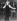 Mandy Rice-Davies (née en 1944), mannequin britannique, chantant dans un night-club. Munich (Allemagne), 10 janvier 1964. © TopFoto / Roger-Viollet