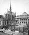 Paris. La Sainte Chapelle et le Palais de Justice. © Neurdein/Roger-Viollet