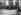 """Groupe de visiteurs à l'entrée du musée des Offices où fut exposée """"La Joconde"""" retrouvée le 12 décembre 1913. Florence (Italie). © Collection Harlingue / Roger-Viollet"""