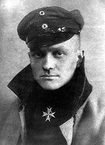 "(War 1914-1918). German aviator Manfred von Richthofen aka ""The Red Baron"" is shot down in flight at Vaux-sur-Somme in France on April 21, 1918."