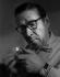 Georges Simenon (1903-1989), écrivain belge. 1962. Photographie de Horst Tappe (1938-2005). © Fondation Horst Tappe / KEYSTONE Suisse / Roger-Viollet